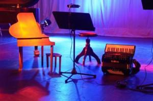 _wsb_462x305_toy+piano$2C+Akkordeon